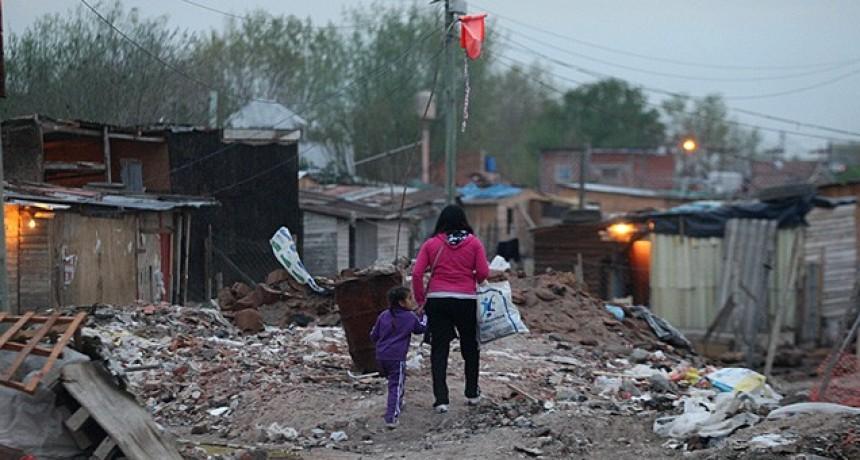 """Federico Fagioli: """"Los que vivimos en los barrios no urbanizados, tenemos la vida precarizada"""""""