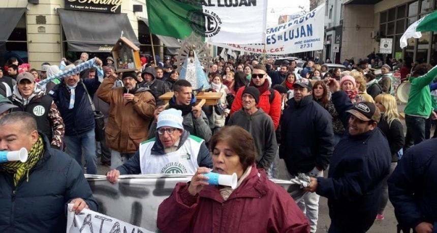 Luján: Trabajadores municipales iniciaron un paro por atraso en el pago de aumento salarial