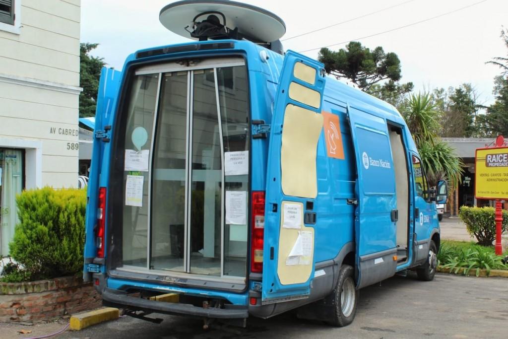 Luján: Nuevo cajero automático móvil en la localidad de Open Door