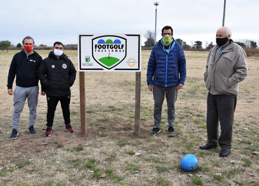 """Tres Lomas: El intendente Álvarez recorrió """"La Matera"""" en el Parque Integrado y anunció la habilitación de la cancha de Footgolf"""