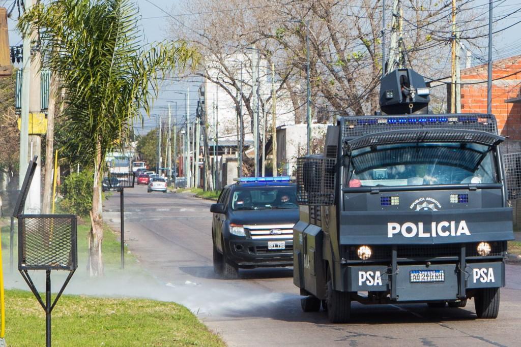 Sanitización contra el COVID-19 en barrios de Berazategui