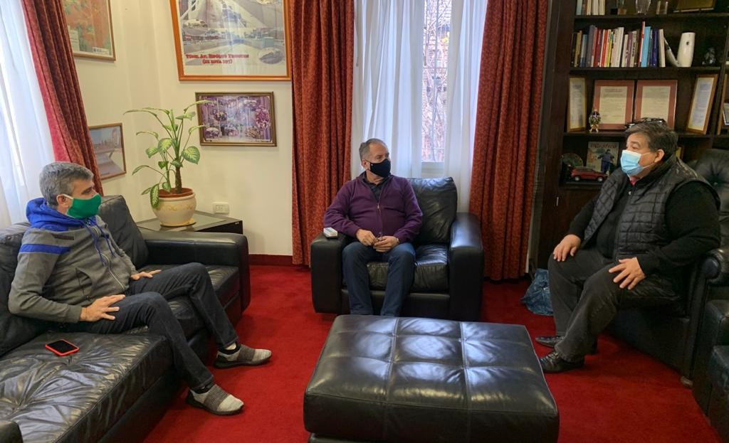 José C. Paz: Mario Ishii en reunión de trabajo con los intendentes Zabaleta y Descalzo