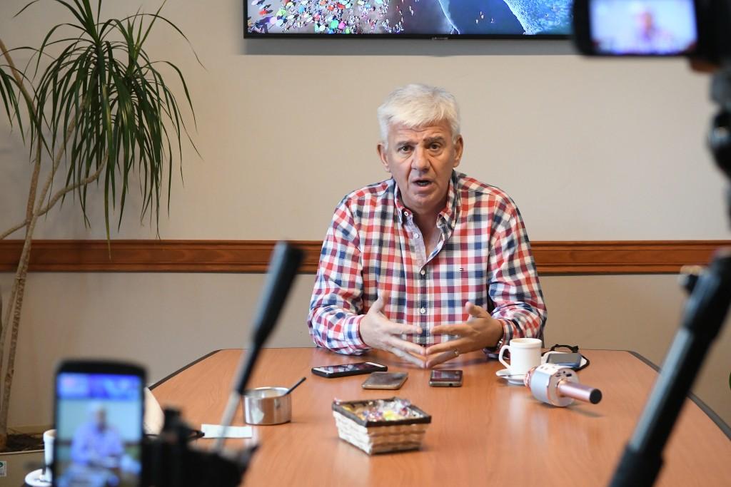 """Monte Hermoso: El intendente Dichiara anunció el regreso a Fase 5, """"sin reuniones sociales"""""""