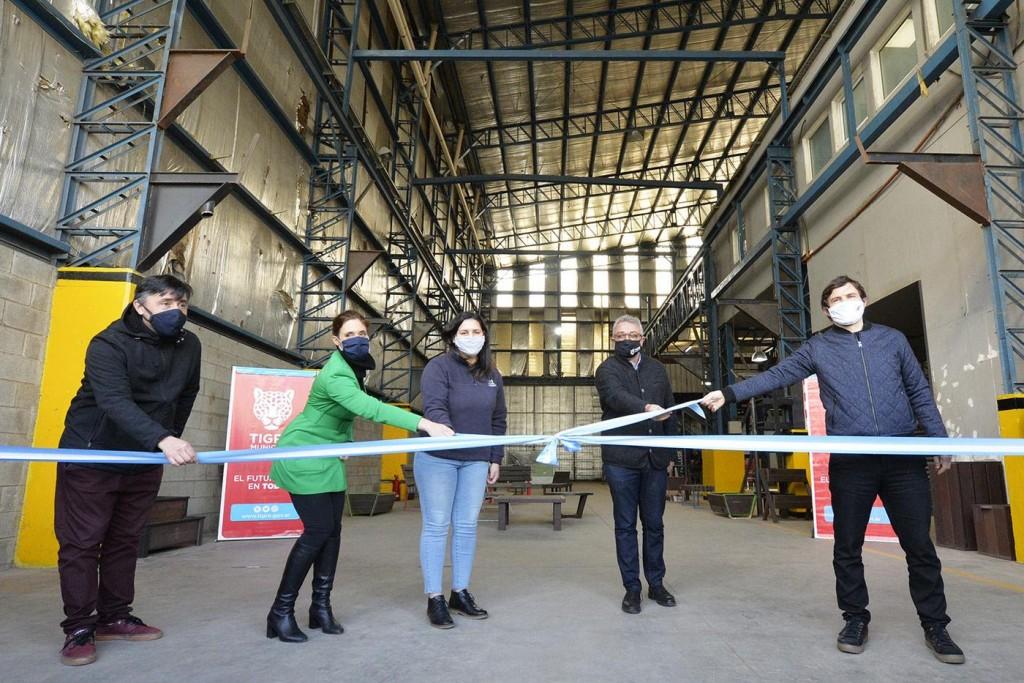 Tigre: Julio Zamora inauguró el Polo Cooperativo de Benavídez junto a los ministros Augusto Costa y Mara Ruiz Malec
