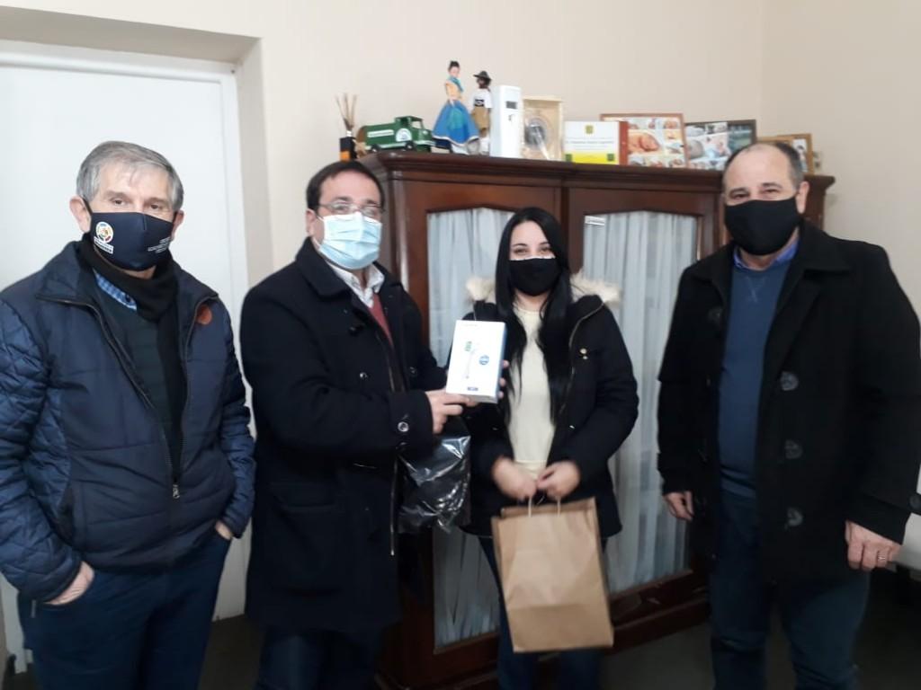 Brandsen: Donaron tres termómetros digitales láser
