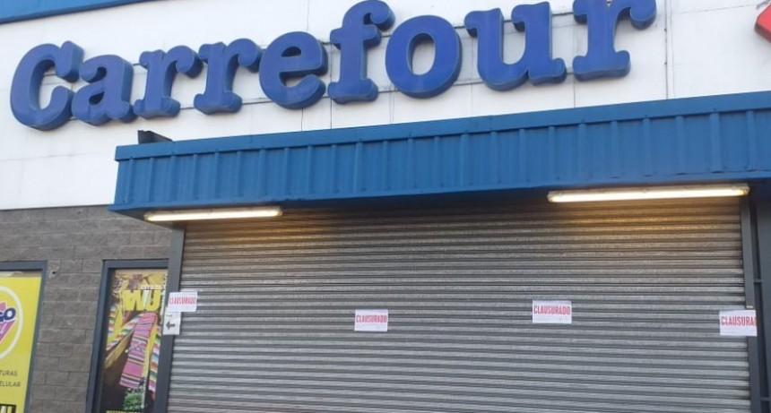 Ituzaingó: La Municipalidad clausuró dos tiendas de Carrefour por incumplir una Ordenanza
