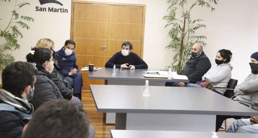 San Martín: El intendente Fernando Moreira entregó microcréditos a cooperativas locales