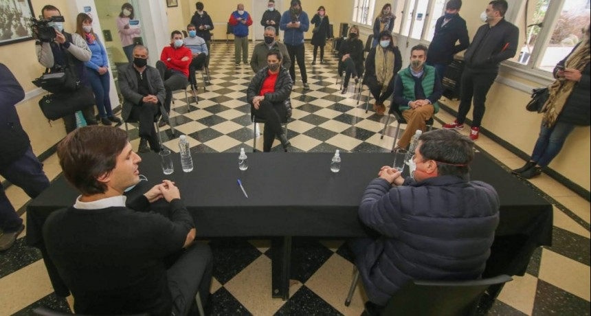 El Ministro Daniel Arroyo firmó tres convenios en San Vicente