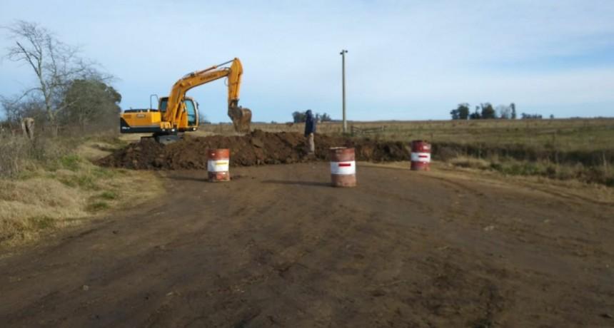 Tandil: El Municipio reforzó cortes en caminos rurales que conectan con Ayacucho
