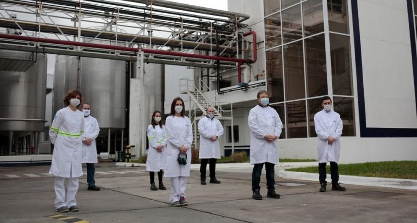 Alte. Brown: Cascallares recorrió la planta Danone que realiza donaciones en el marco de la pandemia