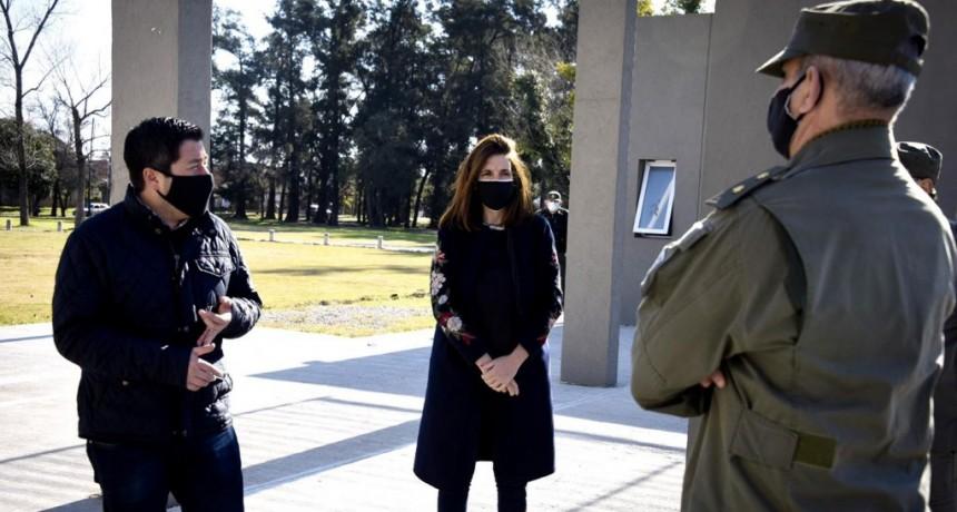 Nardini recorrió el edificio que Gendarmería Nacional tiene en Malvinas Argentinas