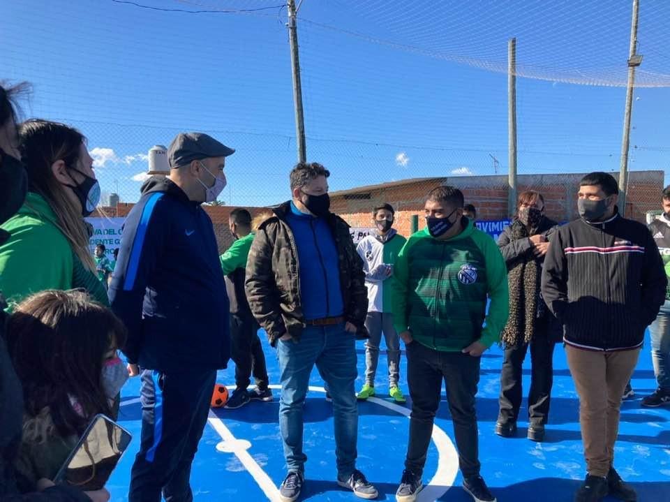 Merlo: Menéndez estuvo presente en la inauguración del playón deportivo