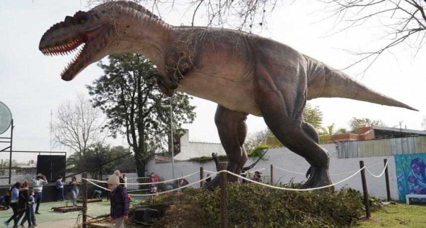 Merlo: Conoce la Expo Dino en tus vacaciones de invierno