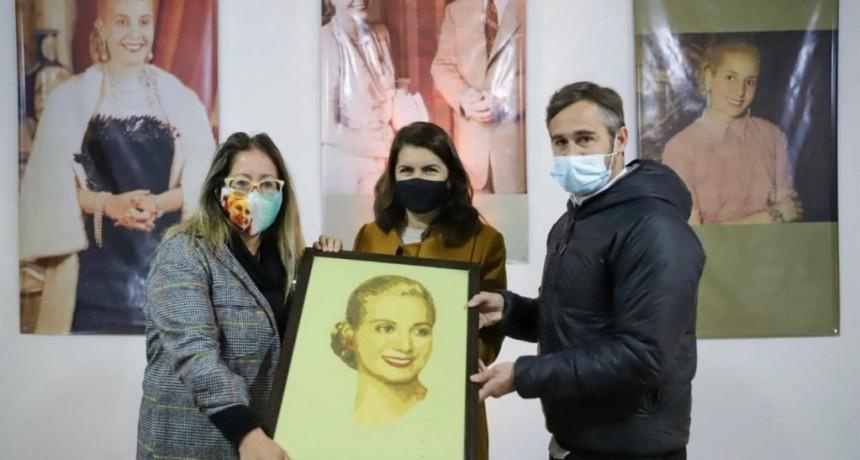 Pilar: Federico Achával junto a Mariel Fernández acompañaron la inauguración de La Casa de Evita