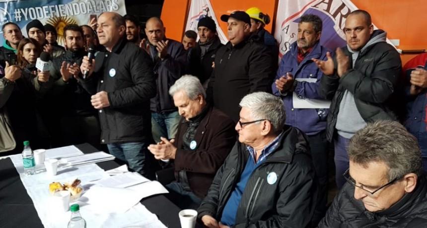 Diputados sesionaron en uno de los talleres del Astillero Río Santiago