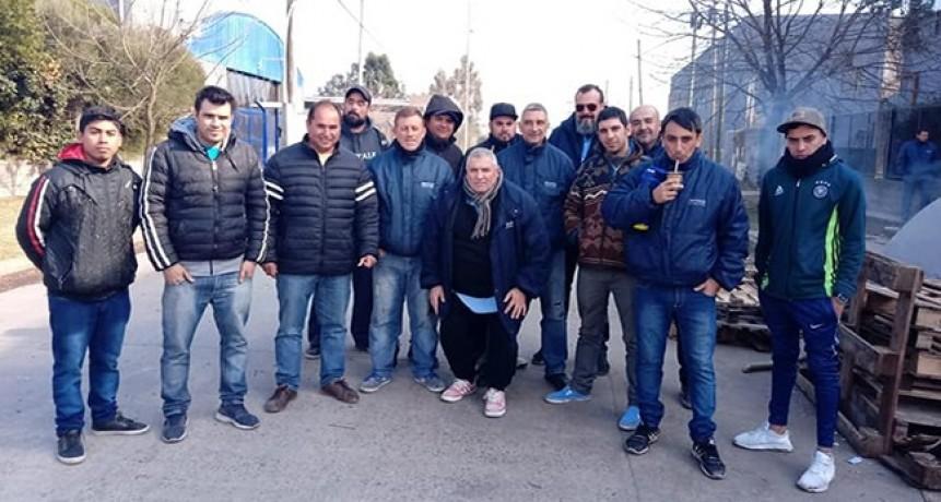 Burzaco: 35 trabajadores lograron la reincorporación en la fábrica de Baterías Ran-Bat