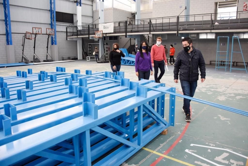 Malvinas Argentinas: Nardini visitó el polideportivo de Ing. Pablo Nogués