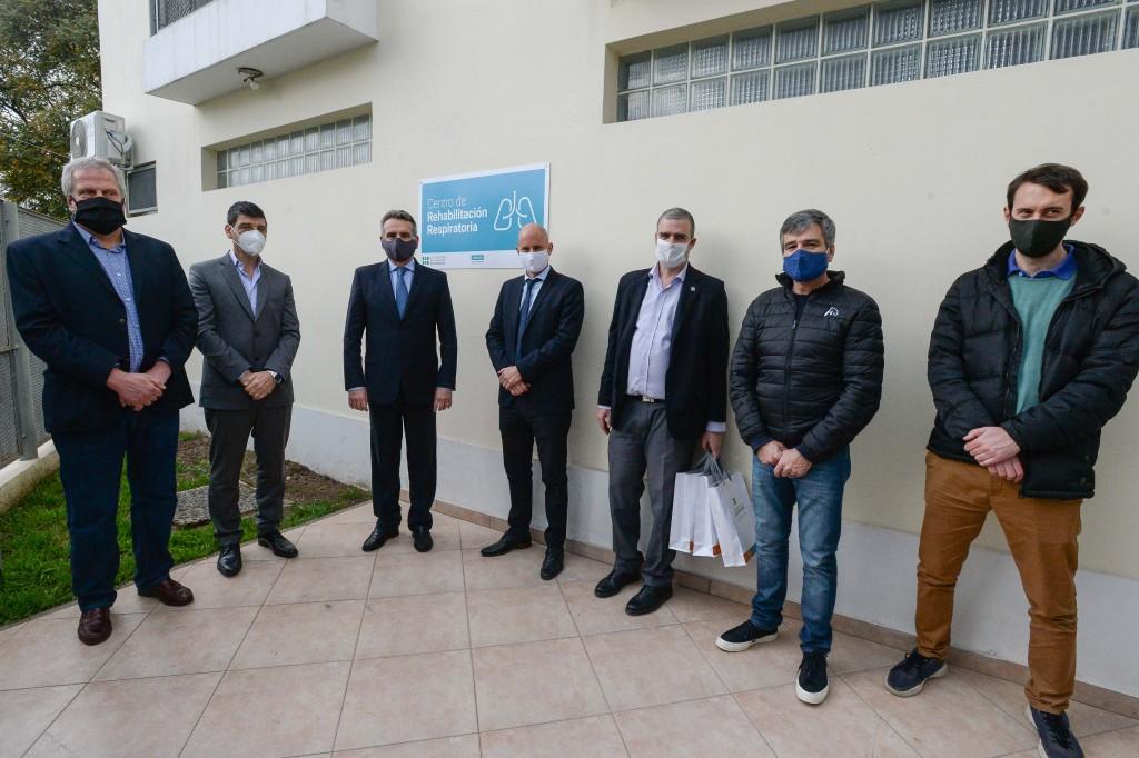 Hurlingham:  Zabaleta y el ministro Rossi, inauguraron el centro de Rehabilitación Respiratoria de la Universidad
