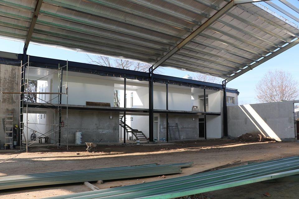 Ensenada: Continúan los trabajos de ampliación del Polideportivo de Ortiz de Rosas
