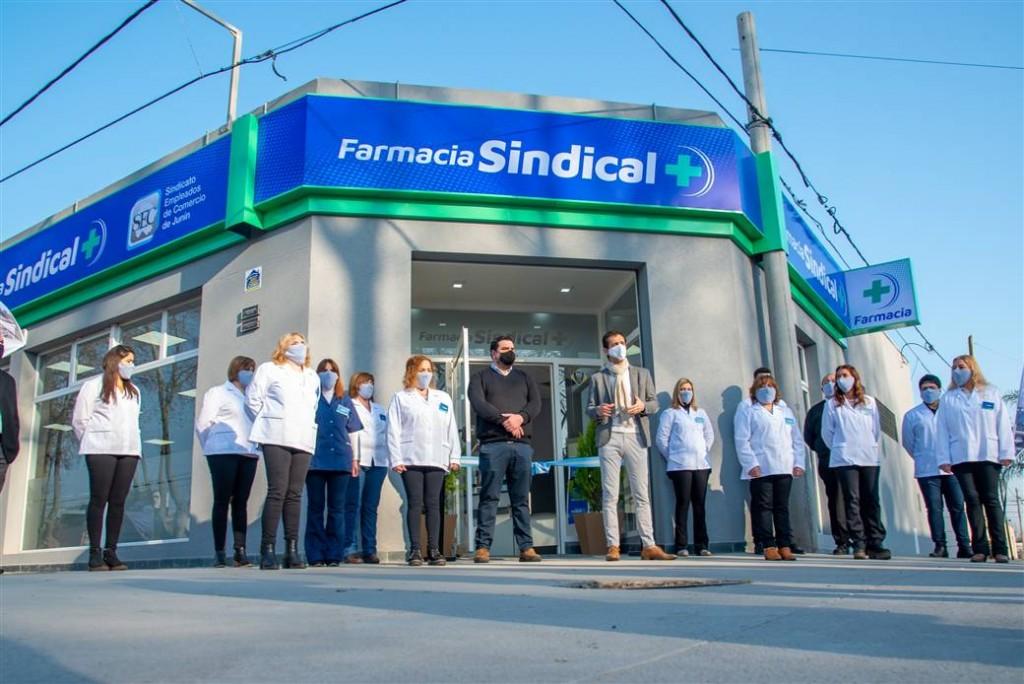 Petrecca participó de la inauguración de una nueva farmacia sindical