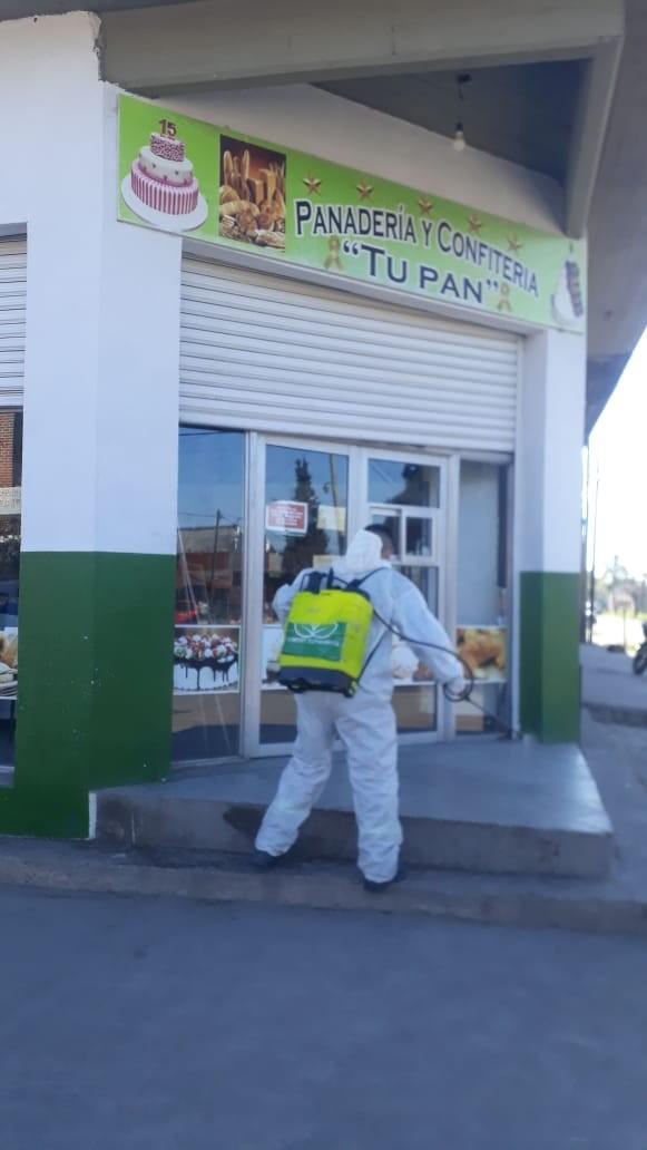 Fumigación y desinfección en barrios de Esteban Echeverría
