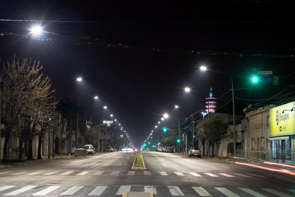 San Nicolás: El Municipio continúa trabajando en el recambio de luminarias