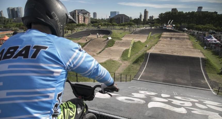 V. López: Pese al aumento de casos, el Municipio habilitó la práctica de BMX y Patín Carrera