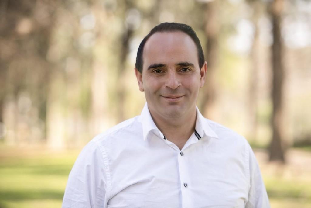 """Andrés Destefano: """"Para el Frente Renovador las instituciones son un pilar fundamental en Moreno para que los pibes no estén en la calle"""""""