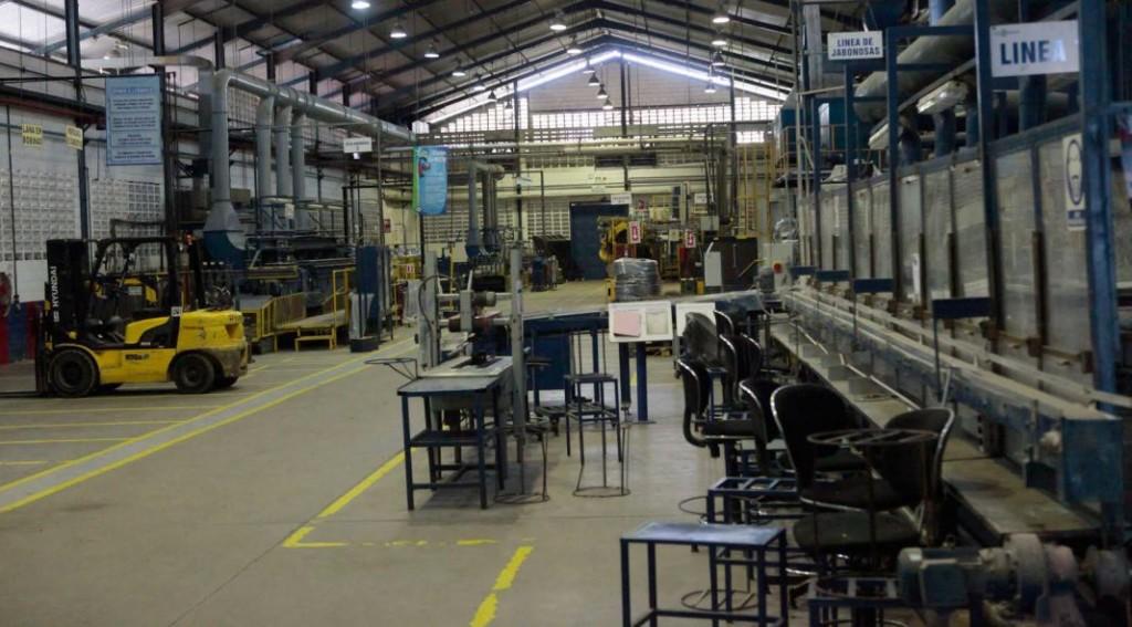 CAME señaló que cayó 6,4% la producción de la industria PyME en agosto