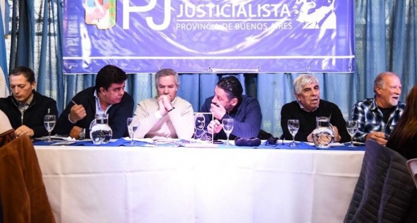 Cumbre peronista alertó por hiperinflación y falta de alimentos