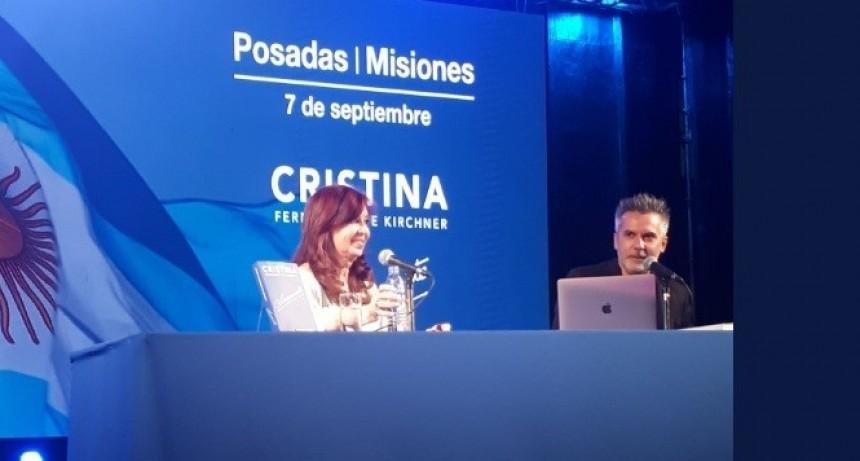 """CFK en Posadas: """"Si me piden definir a Macri en una sola palabra, solo se me ocurre una: Caos"""""""