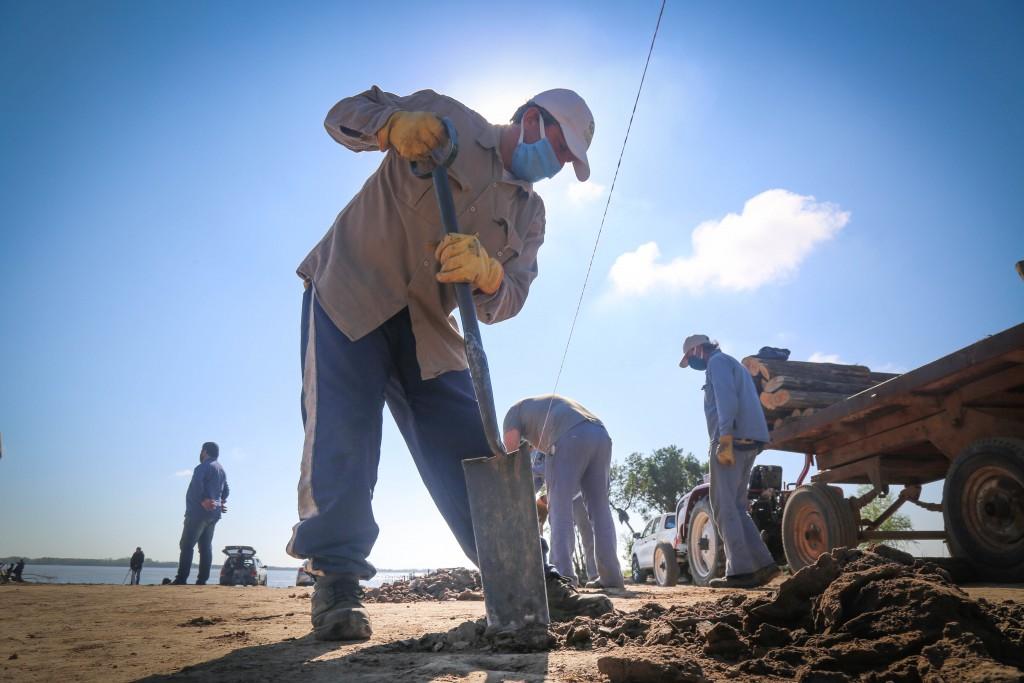 San Pedro: Avances y parquización de árboles en la Playa de Vuelta de Obligado