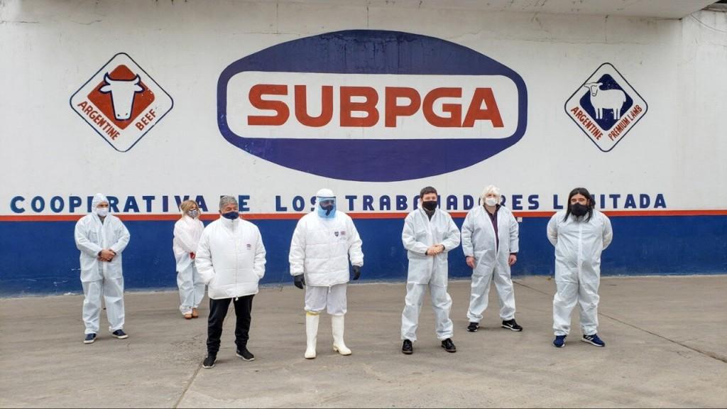 Daniel Arroyo visitó una cooperativa de Berazategui