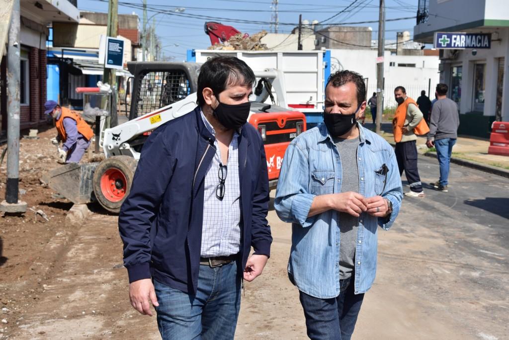 San Martín: Fernando Moreira recorrió las obras de remodelación del Centro Comercial Lamadrid