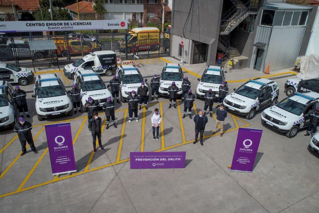 Quilmes: La intendenta presentó las 10 patrullas urbanas para la prevención