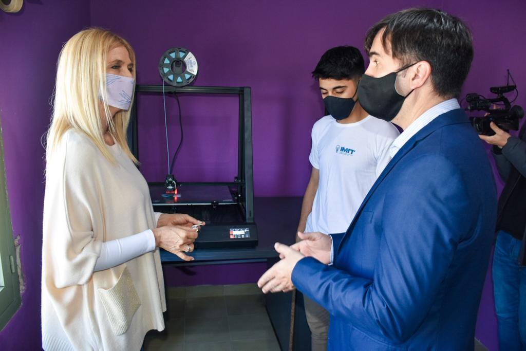 Castelli: La Vicegobernadora Magario visitó El Instituto Municipal de Tecnología