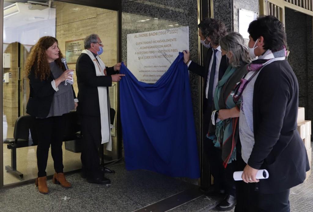 Quilmes: La intendenta Mayra Mendoza participó del acto en homenaje al Padre Bachi