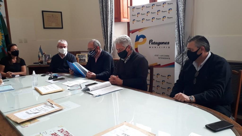C. de Patagones: Apertura de sobres para la licitación de la obra de red de gas del barrio San Miguel