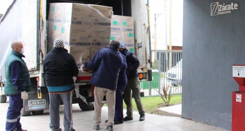 Zárate: Cáffaro recibió de la empresa Softys la 2ª entrega de 500 mil barbijos tipo quirúrgicos