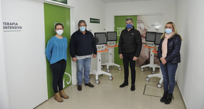 Zabaleta entregó cuatro nuevos respiradores para el hospital municipal San Bernardino
