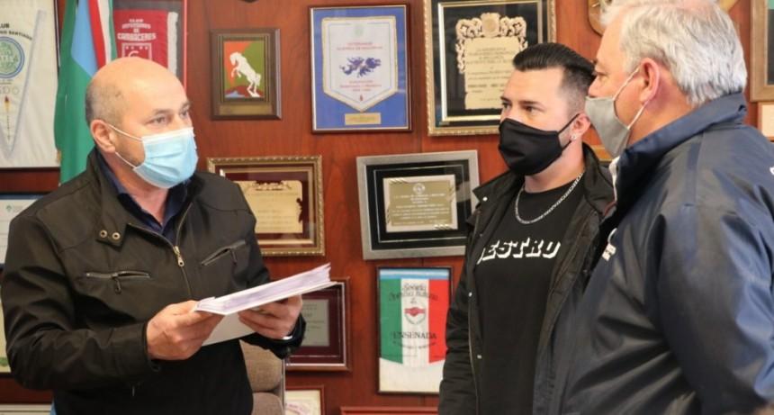 Ensenada: El Municipio recategorizó a un centenar de empleados y trabajadores