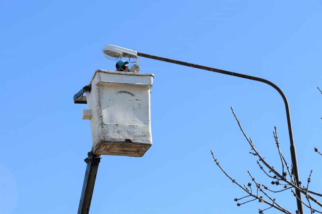 Florencio Ameghino: Recambio de luminaria en el distrito