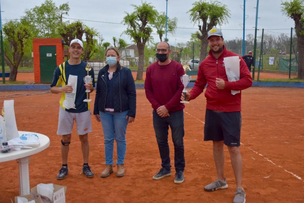 Gualeguay (ER): Campeonato de tenis en el Club Náutico