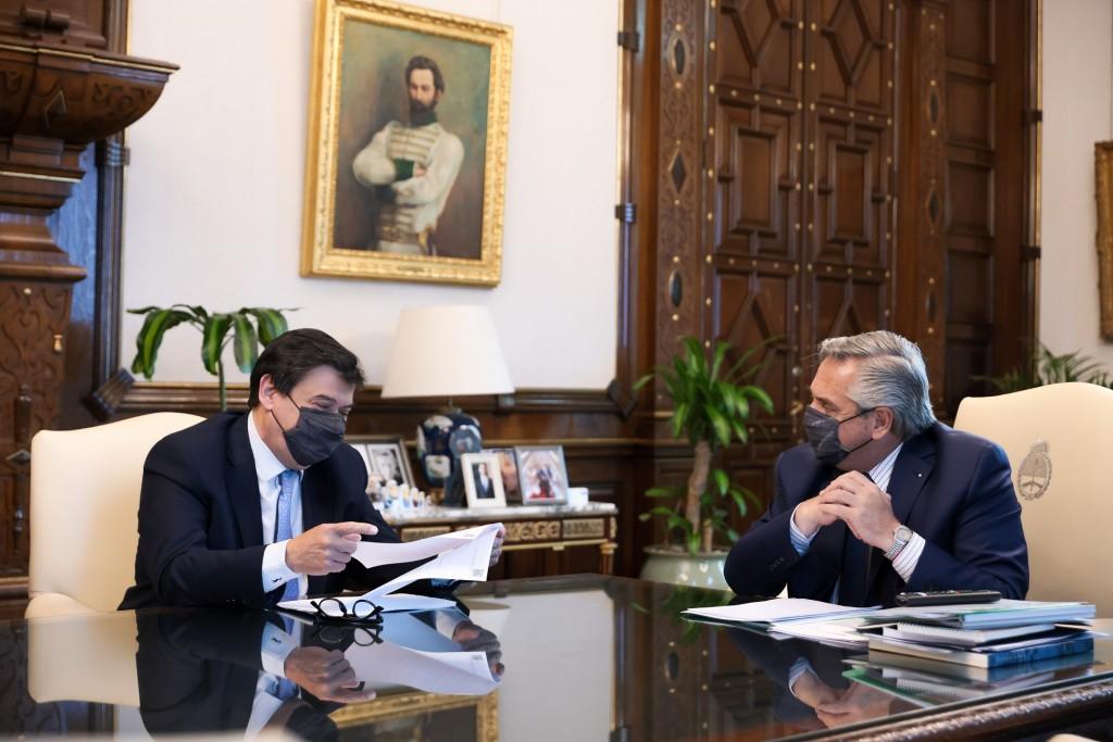 El Ministro de Trabajo informó detalles del aumento del mínimo no imponible del Impuesto a las Ganancias tras reunirse con el Presidente