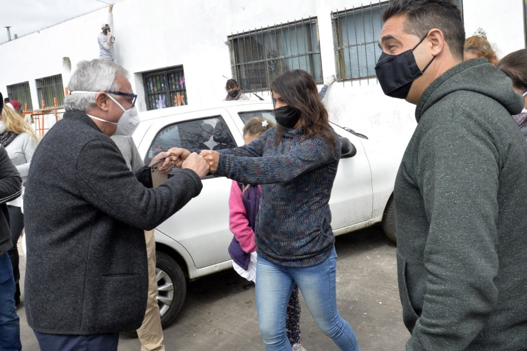 Tigre: El intendente Julio Zamora supervisó obras de infraestructura escolar y luminarias en Ricardo Rojas