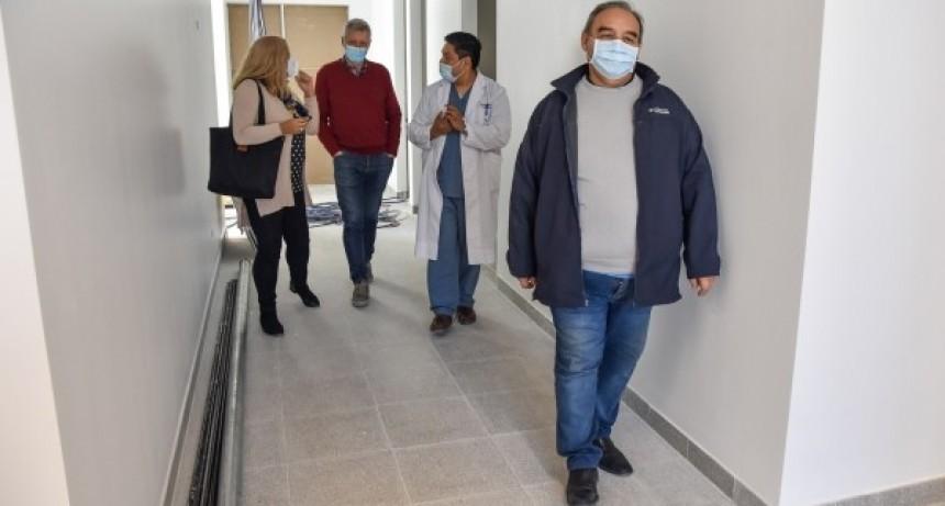Chascomús: Representantes del Ministerio de Salud recorrieron la nueva sala de pediatría del distrito
