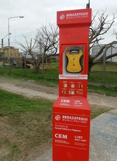 Berazategui: La municipalidad instaló el Desfibrilador Externo Automático Nº 20