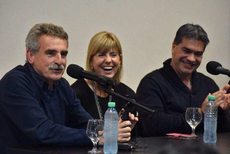 """Santa Fe: Rossi, Rodenas y Capitanich presentaron el libro """"Economía Peronista"""""""