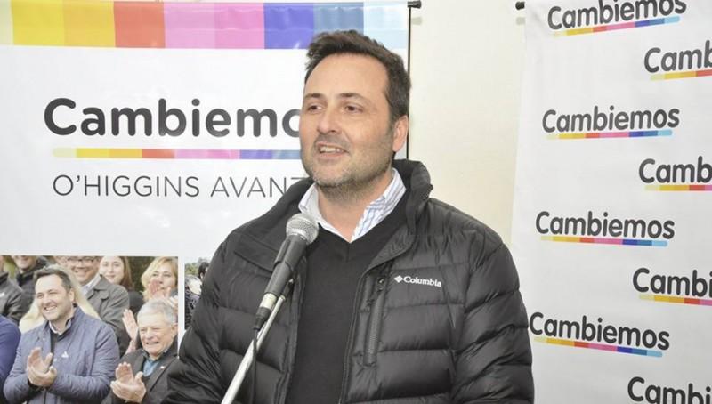 "Chacabuco: Intendente Aiola denunciado por compra ""irregular"" de luminarias"