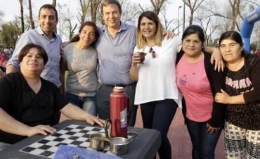 Alte. Brown: Cascallares reinauguró la plaza Almafuerte de Glew